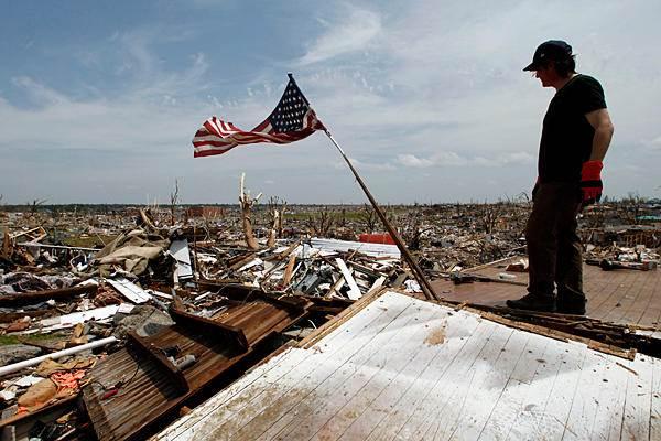Joplin-Disaster3